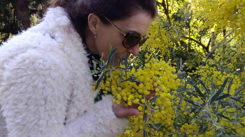 Articolo festa della donna romanzo dialogando con il maestro Vipal Antonio Gianfranco Gualdi