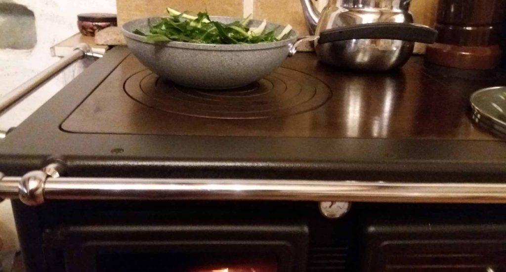 Cottura slow sul putagè a legna ingredienti autoprodotti Vipal Antonio Gianfranco Gualdi
